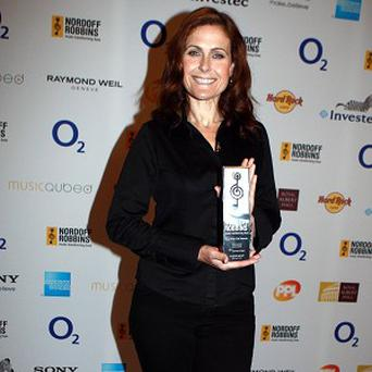 Alison Moyet was given her award by Dawn French