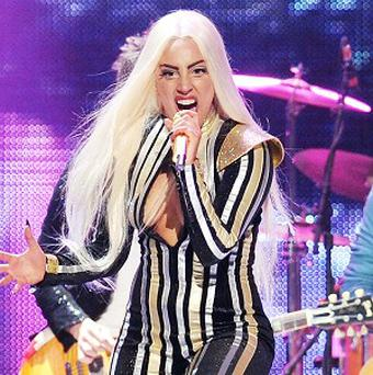 Lady Gaga will pay tribute to music legend Carole King