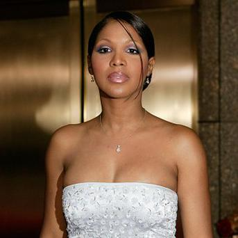 Toni Braxton has a deal for an autobiography