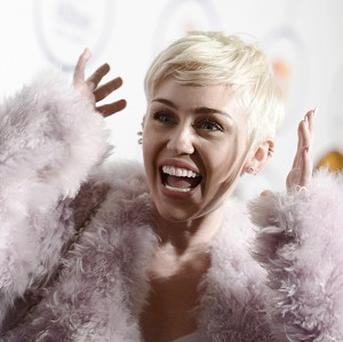 Miley Cyrus will perform with Madonna for MTV Unplugged