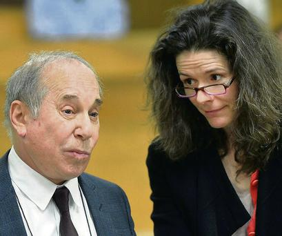 Paul Simon and Edie Brickell in court