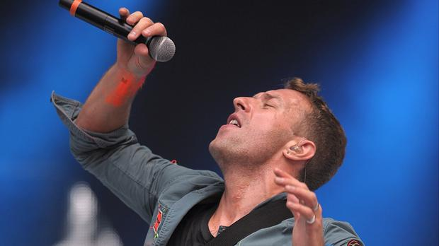 Coldplay's Chris Martin dedicated a performance of Fix You to Mick Jagger