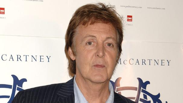 Sir Paul McCartney has helped a couple get engaged on his first night back on tour