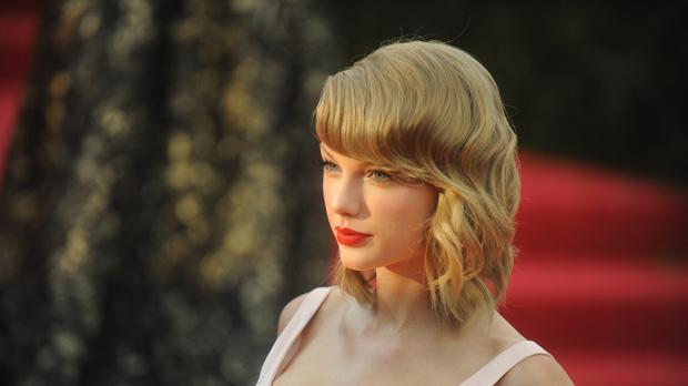 Taylor Swift will sing at the Jingle Bell Ball