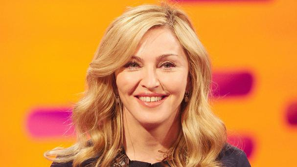 Madonna is to feature on the front cover of US Cosmopolitan, 25-years after her first appearance