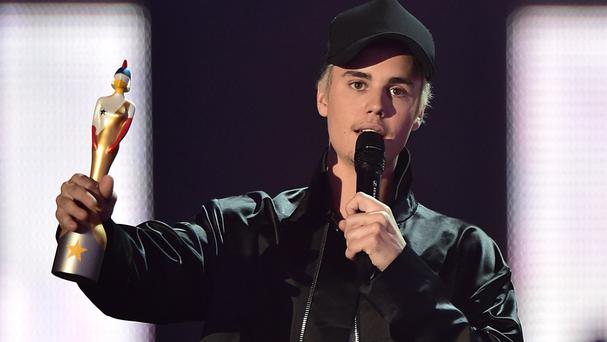 Justin Bieber winning the International Male Solo award during the 2016 Brit Awards