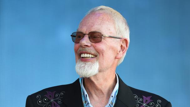Radio 2 veteran Bob Harris to host show from shed due to ...