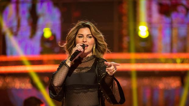 Shania Twain apologised on Twitter