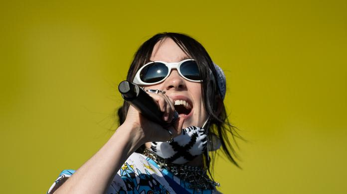 Billie Eilish suffers yet another ankle injury - Independent ie