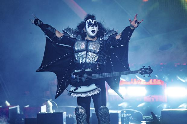Jumping the shark? Kiss will play for them in the ocean - 47abc