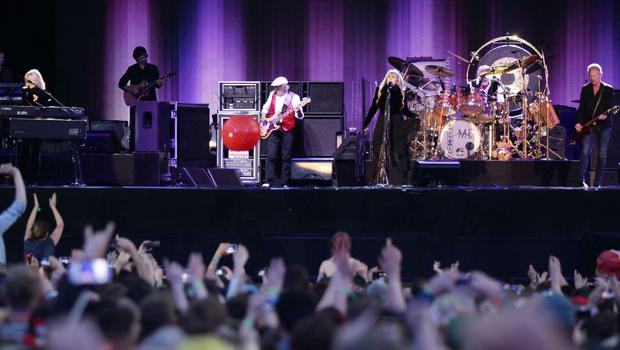 Fleetwood Mac performing on the Main Stage at the Isle of Wight Festival, in Seaclose Park, Newport, Isle of Wight.