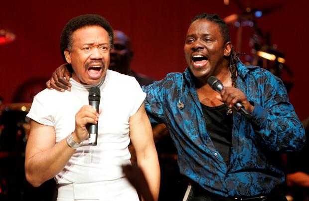 Maurice White (L), co-founder of Earth, Wind and Fire, died on February 3. Photo: Carlo Allegri/Getty Images