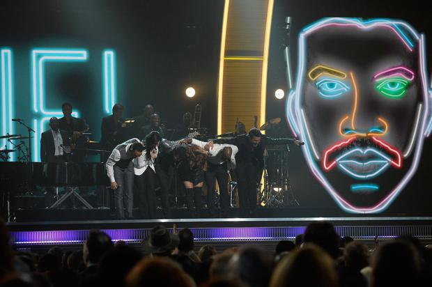(L-R) Singers John Legend, Demi Lovato, Lionel Richie, Meghan Trainor, Tyrese Gibson and Luke Bryan perform onstage during The 58th GRAMMY Awards at Staples Center on February 15, 2016 in Los Angeles, California. (Photo by Kevork Djansezian/Getty Images for NARAS)