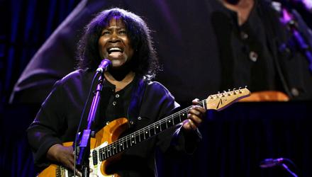 Joan Armatrading on stage in 2008. Picture by Yui Mok/PA