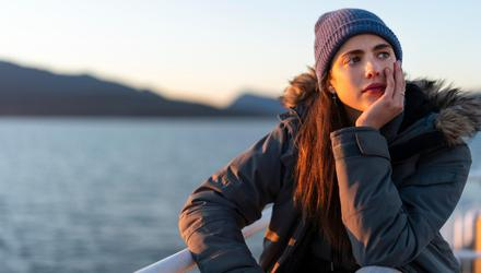 Margaret Qualley stars as Alex in 'The Maid'