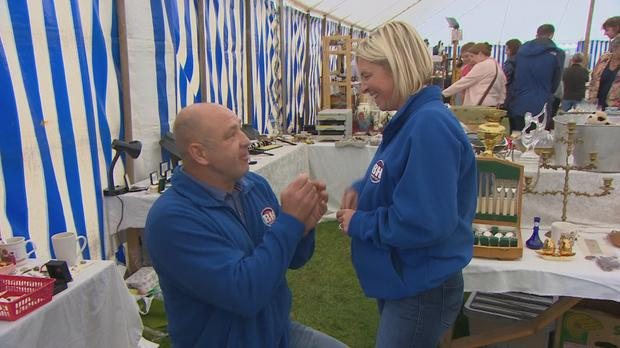 Bargain Hunt contestant surprises partner with proposal during show (BBC/PA)