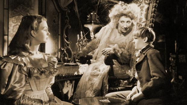 Jean Simmons, Anthony Wager and Martita Hunt as Miss Havisham in the 1946 David Lean film of Great Expectations