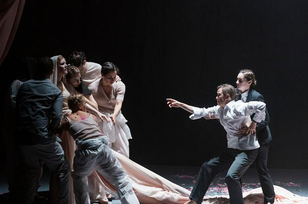 Performing Orfeo are the INO ensemble of Javier Martin, Sarah Power, Sophia Preidel, Dominica Williams, Stephanie Dufresne, Fearghal Curtiss, and Robyn Byrne, while on the right are Sharon Carty and Emma Nash