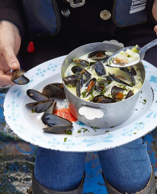 Rachel Allen's Leek, mussel, potato and bacon chowder