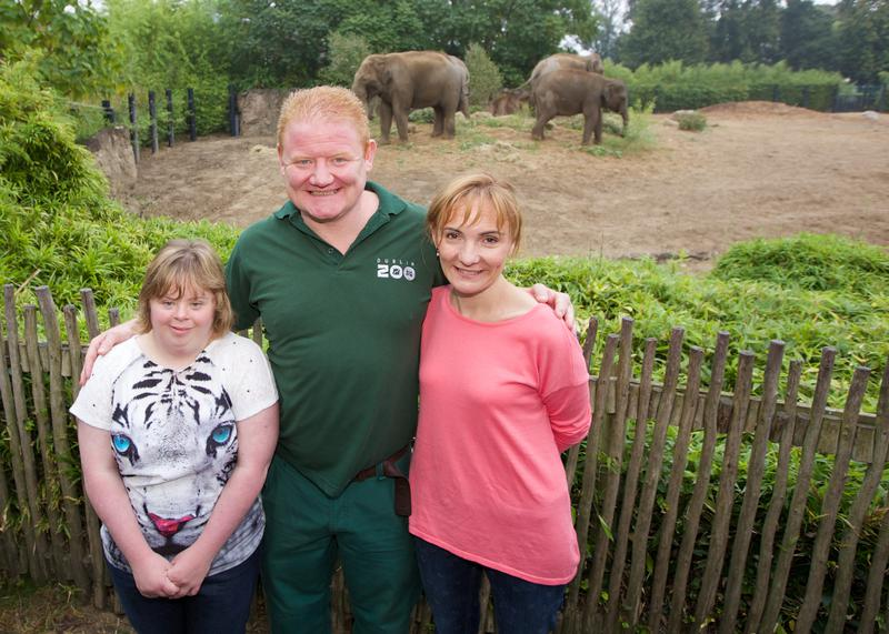 Pictured today Wednesday, 17th September 2014 at Dublin Zoo are The Natural Confectionery Company Facebook competition winners Katie Bushe (left) and Sally Cullen (right) with Gerry Creighton Operations Manager for Dublin Zoo