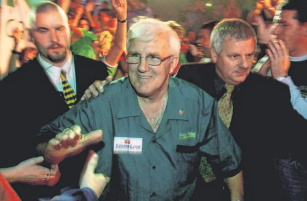 Jack McKenna makes his way to the oche for the Paddy Power World Grand Prix 2002 at the Citywest Hotel in Dublin. Photo: Damien Eagers/Sportsfile