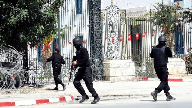 Tunisian security forces secure the area after gunmen attacked Tunis' famed Bardo Museum on March 18, 2015. At least seven foreigners and a Tunisian were killed in an attack by two men armed with assault rifles on the museum, the interior ministry said. AFP PHOTO / FETHI BELAIDFETHI BELAID/AFP/Getty Images