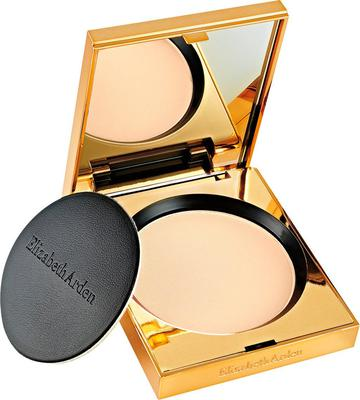 Elizabeth Arden Flawless Finish Ultra Smooth Pressed Powder (€34)