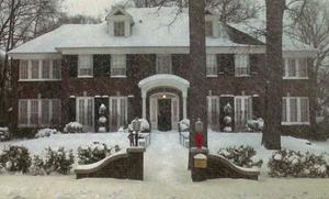 Kevin McAllistair's house in Home Alone was sold in 2012