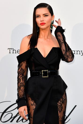 TOPSHOT - Brazilian model Adriana Lima poses as she arrives on May 23, 2019 at the amfAR 26th Annual Cinema Against AIDS gala at the Hotel du Cap-Eden-Roc in Cap d'Antibes, southern France, on the sidelines of the 72nd Cannes Film Festival. (Photo by Alberto PIZZOLI / AFP)ALBERTO PIZZOLI/AFP/Getty Images