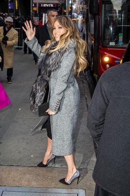 NEW YORK, NY - JANUARY 19:  Jennifer Lopez is seen arriving at 'Good Morning America' on January 19, 2015 in New York City.  (Photo by Alessio Botticelli/GC Images)
