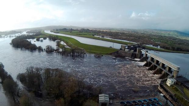 An aerial view of flooding downstream from the Parteen Weir in 2015
