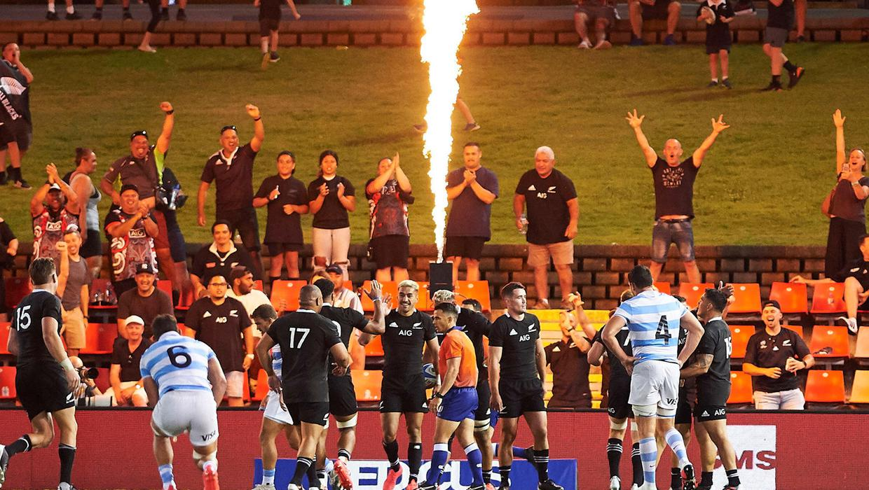 All-Blacks bounce back from recent defeats with resounding win over Argentina