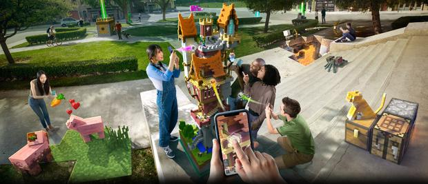 Minecraft Earth: Take your creation outside and several players can interact with it