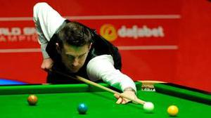Mark Selby hit back impressively against Ronnie O'Sullivan to take a 9-7 lead after two sessions.