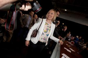 23/5/2015. Carlow/Kilkenny By-Election. The count centre for the Carlow/Kilkenny By-Election in the Cillin Hill Centre, Kilkenny City. Photo shows Renua Ireland Leader, Lucinda Creighton arriving at the centre with the partys candidate David Fitzgerald. She stated she was very happy with her partys perfomance in their first election attempt.