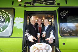 Ryan Tubridy Helps Launch Tiglin Rehab Centre's New No Bucks Bus'