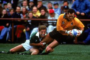 David Campese scoring a try against Ireland at the 1991 World Cup
