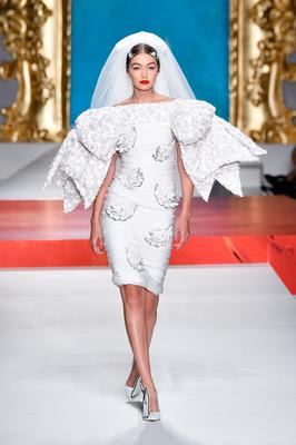 Gigi Hadid walks the runway at the Moschino show during the Milan Fashion Week Spring/Summer 2020 on September 19, 2019 in Milan, Italy. (Photo by Pietro D'Aprano/Getty Images)