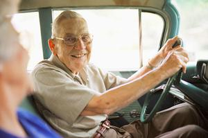 Families can face a challenge talking to elderly drivers about giving up driving. Photo: Getty Images.