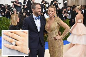 """NEW YORK, NY - MAY 01:  Ryan Reynolds and Blake Lively attend the """"Rei Kawakubo/Comme des Garcons: Art Of The In-Between"""" Costume Institute Gala at Metropolitan Museum of Art on May 1, 2017 in New York City.  (Photo by Mike Coppola/Getty Images for People.com)"""
