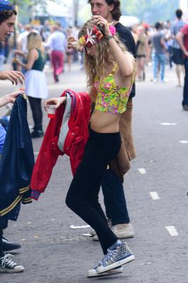 LONDON, UNITED KINGDOM - AUGUST 26: Cara Delevingne seen during the Notting Hill Carnival on August 26, 2013 in London, England. (Photo by Harlem Mepham/FilmMagic)