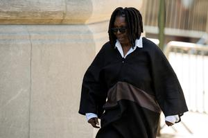 Comedienne Whoopi Goldberg arrives to attend the funeral of comedienne Joan Rivers at Temple Emanu-El in New York September 7, 2014. REUTERS/Lucas Jackson