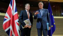 Negotiation: Michel Barnier (right) and David Frost are set for more talks. Photo: Oliver Hoslet/Pool via Reuters