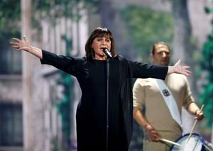 Singer Lisa Angell representing France performs during a dress rehearsal. Reuters/Leonhard Foeger