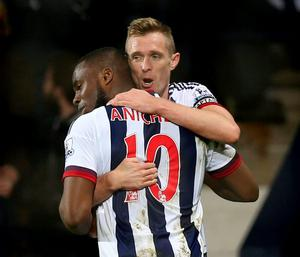 Darren Fletcher celebrates scoring the first goal for West Brom with Victor Anichebe. Photo: Alex Morton / Action Images via Reuters