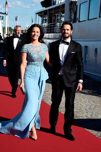 Prince Carl Philip of Sweden and Sofia Hellqvist arrive to board the SS Stockholm boat before the pre-wedding dinner the night before their royal wedding on June 12, 2015 in Stockholm, Sweden.  (Photo by Ian Gavan/Getty Images)