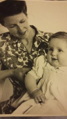 Mary Elmes with her daughter Caroline