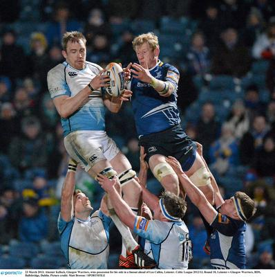 NUISANCE: Leinster's Leo Cullen tries to rob the ball off Glasgow's Alastair Kellock at the RDS. Photo: Matt Browne/SPORTSFILE