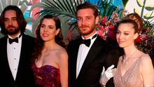 Dimitri Rassam (L), Charlotte Casiraghi (2-L), Pierre Casiraghi (2-R) and his wife countess Beatrice Boromeo (R) pose as they arrive for the 'Bal de la Rose' (Rose Ball), in Monaco, on March 30, 2019