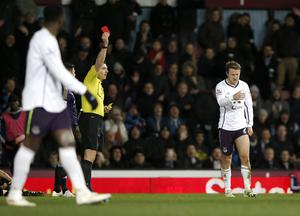 Everton's Aiden McGeady is sent off after a second yellow card